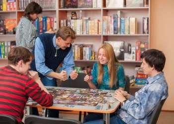 Дозвілля української молоді - рухливі ігри та культурний відпочинок